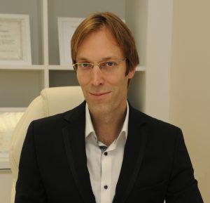 Dr. Krešimir Božikov